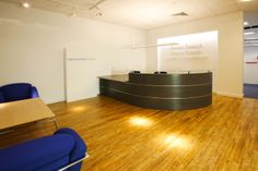 Emel Reception Desk for Faber Maunsell in Graphite/Light Grey