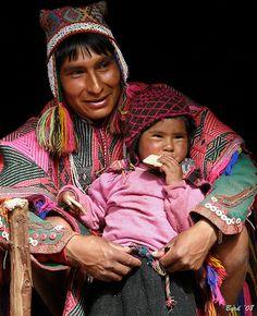 Natives Quechua, father and son, Peru,
