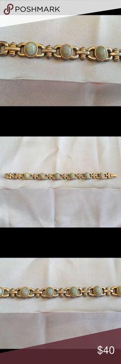 """Vintage Vintage Gold Toned Bracelet with Green Blue Stones. 7.5 """" Vintage Jewelry Bracelets"""