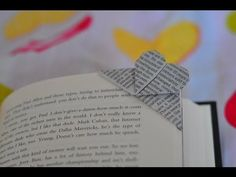 Learn how to fold an origami heart bookmark for Valentine's Day! 💕 Based on the thin origami heart, it's pretty easy to make ♥ Get a FREE printable origami p. Instruções Origami, Useful Origami, Origami Design, Heart Origami, Origami Hearts, Origami Boxes, Dollar Origami, Origami Ball, Origami Ideas