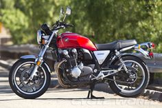 2013 Honda CB1100 - similar to the throwback/retro concept first shown back in 2007, and finally available in the U.S. ...