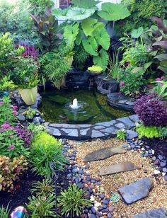 Tiny Backyard Ponds Ideas For Your Small Garden 19 #Ponds #smallspacegardening