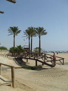 The beach Mijas, Spain Malaga, Mijas Spain, Plan My Trip, Granada, Places Ive Been, Spanish, Holidays, Table Decorations, Beach
