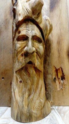 Simple Wood Carving, Wood Carving Faces, Dremel Wood Carving, Wood Carving Designs, Tree Carving, Wood Carving Patterns, Wood Carving Art, Carving Tools, Wood Art