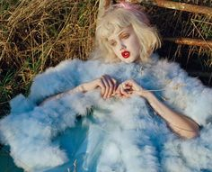 Without exaggeration Lindsey Wixson is all dolled up in this Tim Walker for Vogue Italia January 2012 editorial 'Like a Doll'. Jacob K styles Lindsey in sugar spun parfait sweets perfect for girl play. /Hair by Shon and makeup by Sam Bryant. Look Fashion, Fashion Art, High Fashion, Fashion Studio, Daily Fashion, Lindsay Wixson, Editorial Photography, Fashion Photography, Ethereal Photography