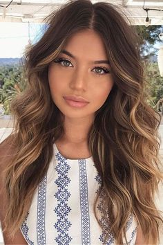 Long Shaggy Bob - Brown Ombre Hair Solutions for Any Taste - The Trending Hairstyle Brown Blonde Hair, Brown Hair With Highlights, Light Brown Hair, Brown Hair Colors, Hair Colour, Front Highlights, Honey Brown Hair, Brown Ombre Hair, Color Highlights