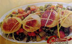 LePolpettine di Pollo aromatiche sono un secondo piatto gustoso e leggero, ideale da servire anche come antipasto o finger food per un aperitivo o un Buffet. #cucinare #mangiare #food #pollo #verdure #25aprile #pranzo #instafood #foodstagram #foodblogger #foodporn #instagood  #Asparagi #Carote #Pancarrè #piselli #Pollo #Polpette #Verdure