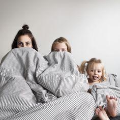 На этой неделе мы приболели и решили не вылезать из кровати. Instagram allthatisshe.
