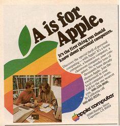 1977: Apple cambia su logotipo  El logo de una manzana sobre un fondo multicolor y la tipografía Garamond se convierten en sello distintivo de la publicidad de Apple. La compañía de Cupertino no cambiaría de estrategia publicitaria hasta finales de los años 90.