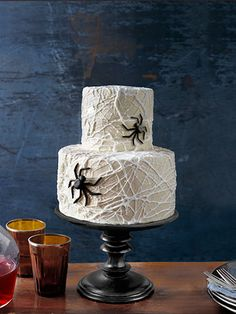 Cobweb Cake. This is October's Country Living. It's melted marshmallow over buttercream frosted cakes.