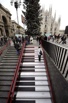 design-dautore.com: For Music Lovers