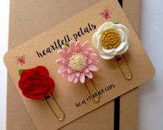 Felt Flower Planner Clips Set of 3 Die Cut Wool Felt Red Rose Pink Gerbera Cream Camellia Large Paper Clip Gift Accessories Felt Roses, Felt Flowers, Fabric Flowers, Paper Flowers, Diy Flowers, Paper Clips Diy, Diy Paper, Polymer Clay Crafts, Felt Crafts