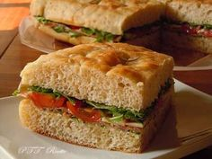 Ricette salate   Gustose ricette salate - PTT Ricette Italian Style, Bagel, Bread Recipes, Sandwiches, Pizza, Food, Eten, Paninis