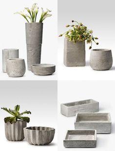 concrete planters~hypertufa a mixture of Portland cement sphagnum moss and vermiculite or perlite Concrete Cement, Concrete Planters, Concrete Design, Garden Planters, Concrete Crafts, Concrete Projects, Beton Design, Beton Diy, Papercrete
