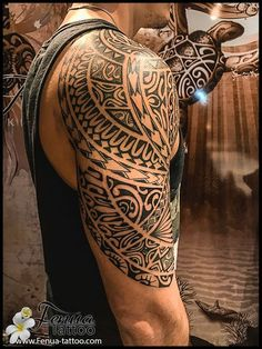 Fascinating Maori Tattoo Designs With Meanings For Men Women - Maori Tattoo Designs With Their Meaning For Men Women Maori Tattoo Design Was Highly Revered And Ritualized As Well As Tattooing Would Begin Usually During Adolescence They Are Always Highly I Maori Tattoos, Tattoos Bein, Tribal Arm Tattoos, Upper Arm Tattoos, Marquesan Tattoos, Music Tattoos, Arm Tattoos For Guys, Trendy Tattoos, Body Art Tattoos