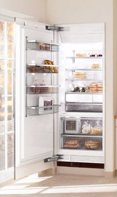 """Miele F1901VI: 36"""" Freezer (Integrated, right-hinge). FullView TM extendable storage drawers. RapidCool loading function. Color: other. RemoteVision TM capable. Drop and Lock TM shelving system. SmartFresh TM storage drawers."""