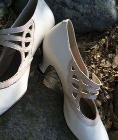 20 fantastiche immagini su Shoes   Scarpe, Scarpe vintage e