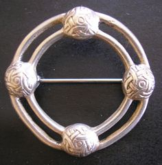 Alexander Ritchie Iona Silver Brooch Celtic Knot Early 20th Century Scotland £450.00 (17B)