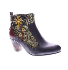 """L'Artiste by Spring Step® Women's """"Dramatic"""" Patch Boots"""