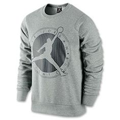Get that vintage basketball swag with this Mens Jordan Flight Club Graphic Crew Sweatshirt. Constructed with a brushed interior and rib crew neck with interior taping, you get luxe feel and ultimate durability. The huge, throwback Flight Club graphic Jordan Outfits, Sport Outfits, Flight Club, Camisa Polo, Cool Hoodies, Jordans For Men, Crew Sweatshirts, Adidas Men, Men Sweater