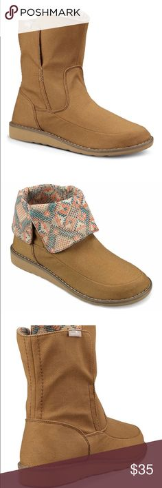 NEW SANUK DOP TOP. Tan The Drop Top's unique printed canvas liner provides a secret super stylish option for those who like to let it all hang out. Sanuk Shoes Ankle Boots & Booties