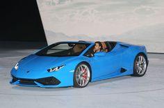 Lamborghini Huracan Spyder Front Three Quarter 05