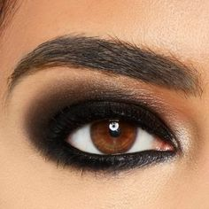 Explore new looks and learn how to up your eyeliner game this winter. Whether you want sleek and straight, smoky and smudged or your own personal twist on all of the above, the Maybelline NY Liners has something for everyone. Scroll down to learn how to do 4 of the most popular eye makeup looks.