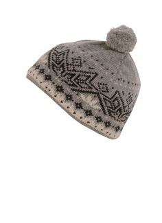 This beautiful hat for men and women will keep you warm all winter long. Decorated in our traditional Nordic snowflake motif, this hat adds a classic touch to any winter outfit. Wool Hats, Hat For Man, Hat Making, One Size Fits All, Snowflakes, Winter Outfits, Burgundy, Beanie, Traditional