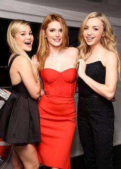 Olivia Holt, Bella Thorne e Peyton List.