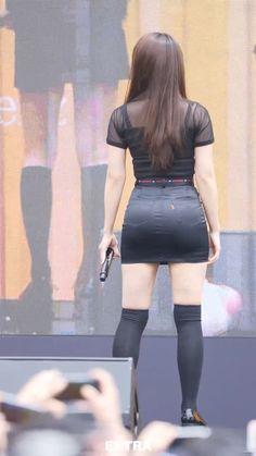 APINK EunJI ↩☾それはすぐに私は行くべきである。 ∑(O_O;) ☕ upload is Samsung S9+/2018.07 with ☯''地獄のテロリスト''☯ (о゚д゚о)♂ Sexy Asian Girls, Beautiful Asian Girls, Eunji Apink, Pretty Asian, Japan Girl, Beautiful Hijab, Sensual, Asian Woman, Kpop Girls