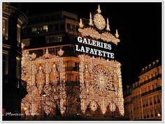 christmas lights // galeries lafayette // december in paris