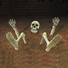 UK supplier scary Halloween props and halloween decorations plus large scary halloween props, halloween nightclub party display props.Halloween Animated halloween now in stock. Proud to stock the 2019 UKs most Professional Halloween Props Halloween Prop, Halloween Lawn Decorations, Halloween Tombstones, Halloween Supplies, Halloween Party Themes, Halloween Horror, Halloween Gifts, Decoration Party, Halloween Carnival