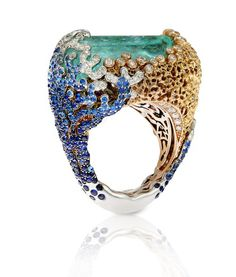 MINIATURE PRECIOUS WORLDS – A journey of discovery in emotion and sign | LVR Magazine by LUISAVIAROMA.COM