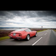 Open road and this retro Ferrari 365 california! Not bad for some beautiful ride!