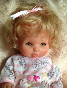 Preciosa muñeca Maty rubia. Regalo de un familiar,  para la colección.
