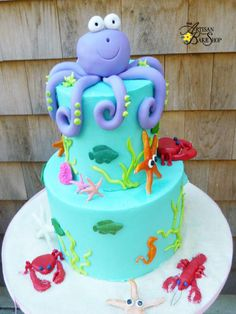 Sealife In Teal Octopus Cake