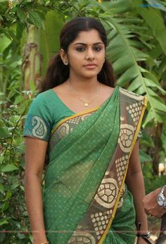 Meera Nandan is an Indian actress who works in the South Indian Film industry. She started her career as a television host in Malayalam television and went on to become an actress, mostly appearing in Malayalam language films. Beautiful Girl In India, Most Beautiful Indian Actress, Beautiful Saree, Beautiful Actresses, Beautiful Women, Korean Beauty Girls, Beauty Full Girl, Beauty Women, Indian Girl Bikini