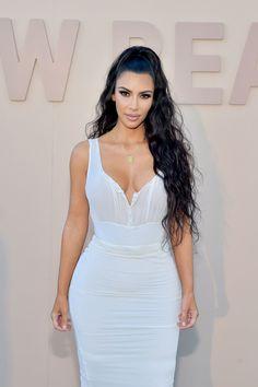Kim Kardashian Reveals Why She's Going to Kylie Jenner for Mom Advice Kim Kardashian Peinado, Kim Kardashian Wedding, Kardashian Beauty, Kardashian Style, Kardashian Jenner, Kim Kardashian Hairstyles, Kardashian Photos, Sonam Kapoor, Deepika Padukone