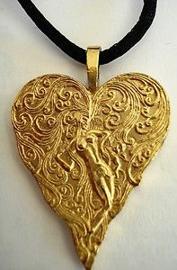 ERTE-HEART-FROM-ACES-SERIES-NECKLACE-