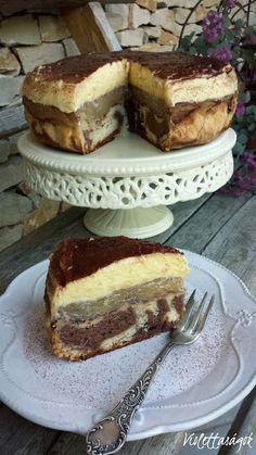 Almás krémes Apple Recipes, Sweet Recipes, Cake Recipes, Dessert Recipes, Cookie Desserts, No Bake Desserts, Waffle Cake, Hungarian Recipes, Sweet And Salty