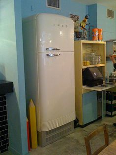 Regular old fridge? Nope! This is the Narnia of fridges, a door leading to a little cocktail haven named 'The Mayor of Scaredy Cat Town' (through the Breakfast Club restaurant in London)!