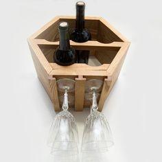 Este listado es un Add-on para cualquier compra de portabotellas. Con la compra de este listado y una parrilla hexagonal vino, Ataremos los soportes a la parte inferior de su vino estante para copas de vino. Los soportes serán construidos de la misma madera y teñidos para que coincida