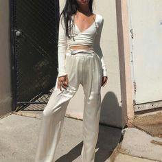 All white Pinterest @JillianMcneill