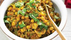 Recipes+ shows you how to make this chickpea, mushroom and spinach curry recipe. Chickpea Recipes, Veggie Recipes, Wine Recipes, Indian Food Recipes, Cooking Recipes, Healthy Recipes, Veggie Meals, Savoury Recipes, Spicy Recipes