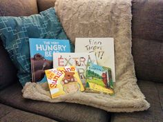 WIYDB? Dispatches from the Frontlines of Motherhood: What to Pack: Books