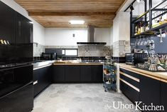 黑色廚具,black kitchen. Black Kitchens, Kitchen Cabinets, Design, Home Decor, Decoration Home, Room Decor, Cabinets, Home Interior Design
