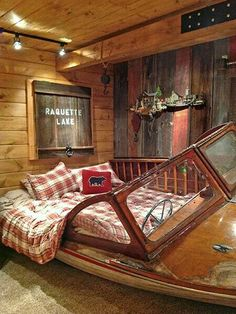 6 Salvage Projects You&;ve Got to See 6 Salvage Projects You&;ve Got to See Nina ninamacaron Homes for Kids Boat Bed &; this is soo cool! Old Boats, Automotive Furniture, Car Furniture, Automotive Decor, Cool Beds, Wooden Boats, My New Room, Diy Home Decor, Bedroom Decor