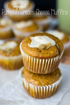 Starbucks' Pumpkin Cream Cheese Muffins