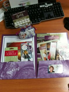 What to put in your Scentsy Recruiting packet? Visit us on Facebook for more Scentsy Business tips