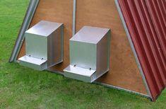 GABBIA PER COVA CM. 42 http://www.decariashop.it/attrezzature-pollame/6741-gabbia-per-cova-cm-42.html